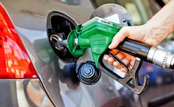 Los combustibles bajan de precios hasta RD$2.60 por galón