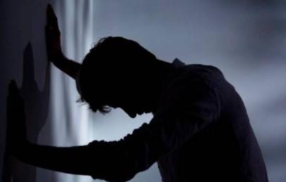 """Hombre teme por su vida porque su expareja lo golpea y las autoridades no """"hacen nada"""""""