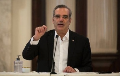 El presidente Luis Abinader aclara que no pagará por nuevos hospitales en Haití