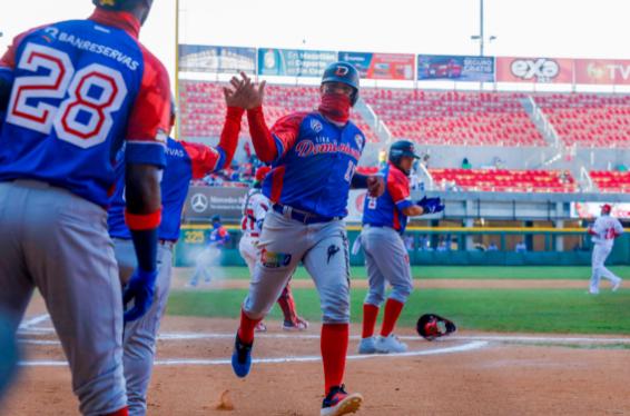 Rep Dom vence a Panamá y avanza a la semifinal en la Serie del Caribe