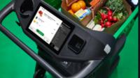 Dash Cart, el carrito inteligente de Amazon fresh que reconoce tu compra y te la cobra sin pasar por caja