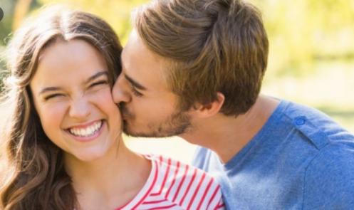 Los beneficios de besar para salud
