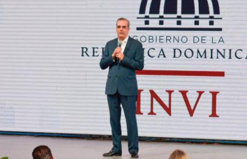 Luis Abinader inicia nuevo plan de construcción de 7,544 apartamentos